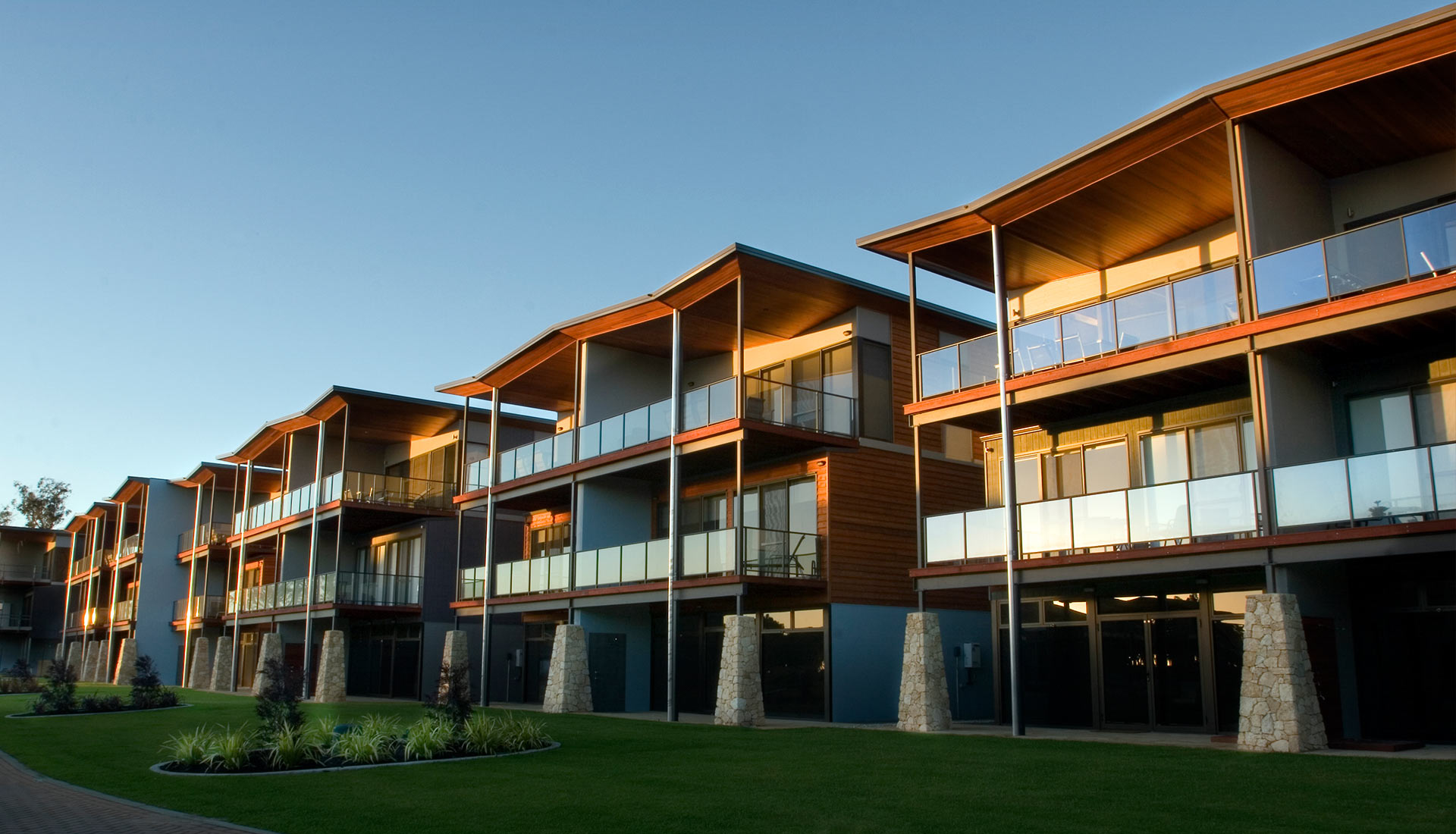 commercial builder busselton