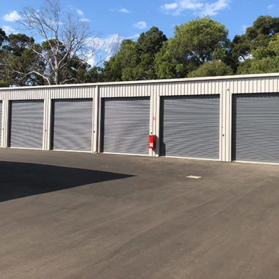 construction busselton self storage units